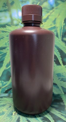 1 liter bottle of Dutch Nutrient Elite Nano Hemp Extract (200 mg/ml concentration)